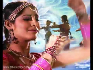 Indian music video - young girls dancing to world fusion music
