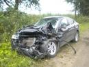 В лобовой аварии под Вологдой перевернулся УАЗ