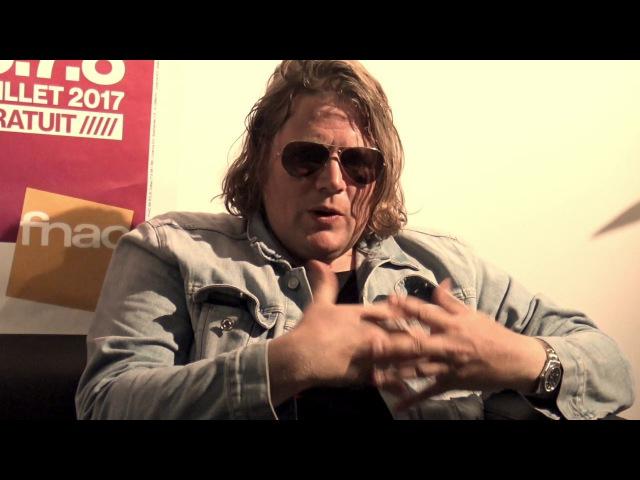 Rencontre avec le singer-songwriter Rover au festival Fnac Live 2017