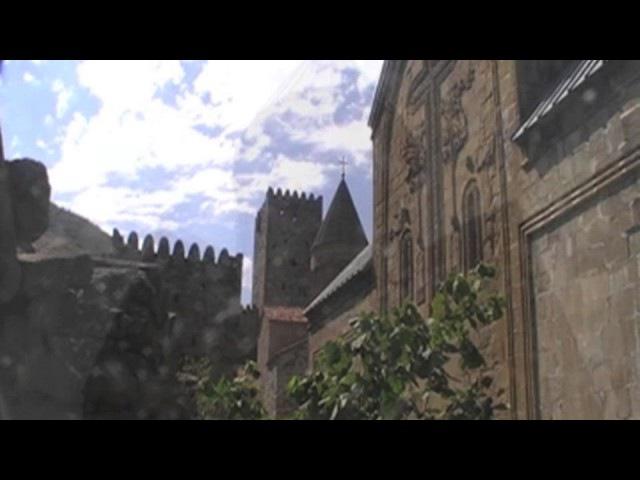 Грузия. Монастырь-крепость Ананури