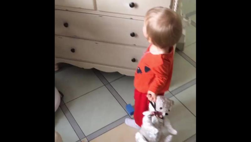 Дочь. 07.10.2017. www.instagram.com/p/BZ8DFDwlgsY/?taken-by=reginskaya.mira