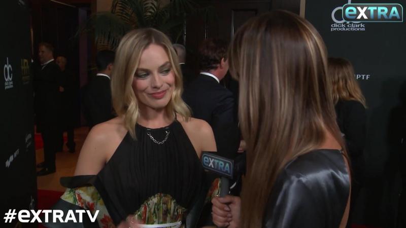Интервью для «Extra TV» во время премии «Голливуд», Лос-Анджелес, США | 5.11.17