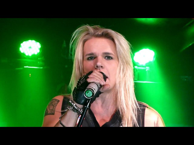 Reckless Love - Badass (Live - Manchester Academy 3, UK, Oct 2013)