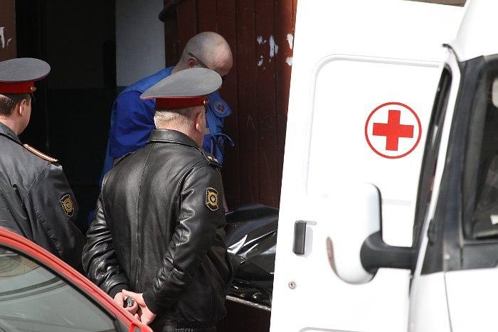 В Таганроге мужчина убил супругу и 3-летнюю дочь, а после сам повесился
