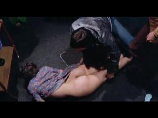 сексуальное насилие(изнасилование,rape) из фильма Il.grande.racket_1976