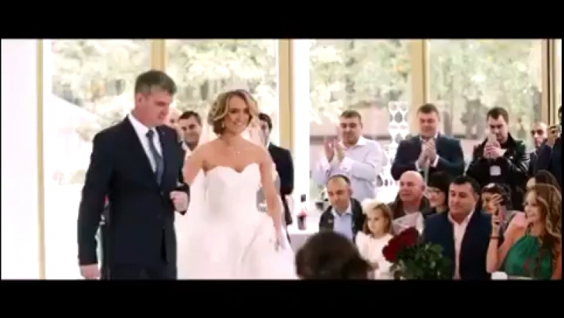 Bianca Wedding Dress by BELFASO