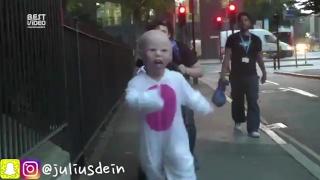 Малыш-переросток ПРАНК