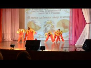 Танец огня на фестивале