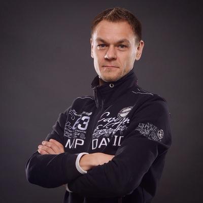 Евгений Парьёв