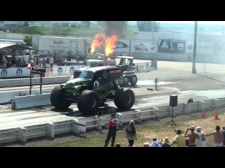 Grave Digger drag racing...Awesome vid you have to check it out.