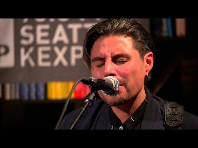 Low Roar - Just A Habit (Live on KEXP)