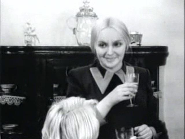 Рождённая революцией Оборотни 8 серия 1974 сериал