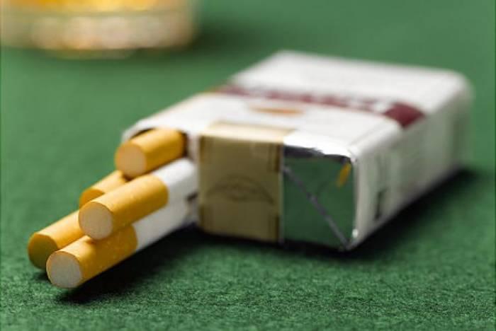 «Легкие» сигареты запретили в России