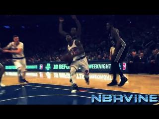 ВЕЛИКОЛЕПНЫЙ ПРОХОД ОТ РОУЗА! Derrick Rose Quick Drive To The Basket