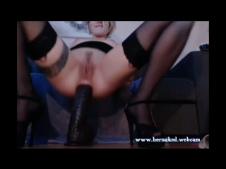 Kinky babe inserts huge dildo in her asshole фистинг, анал, fisting, dildo, big toys, extreme insertion, anal, gape