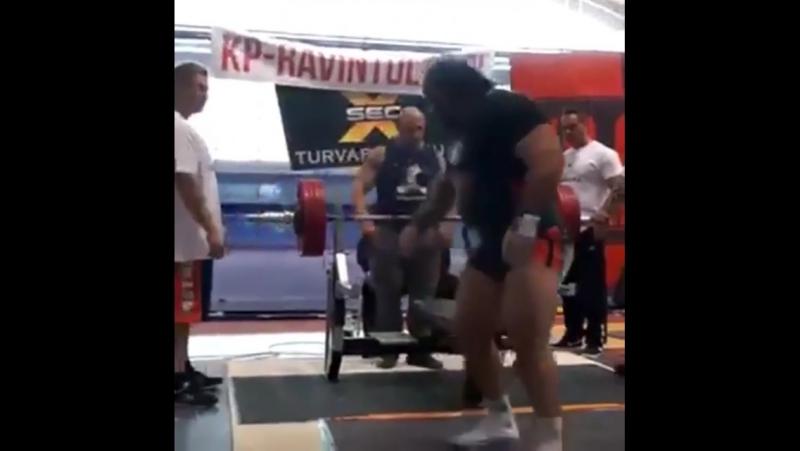 Захир Худояров - жим лежа 240 кг