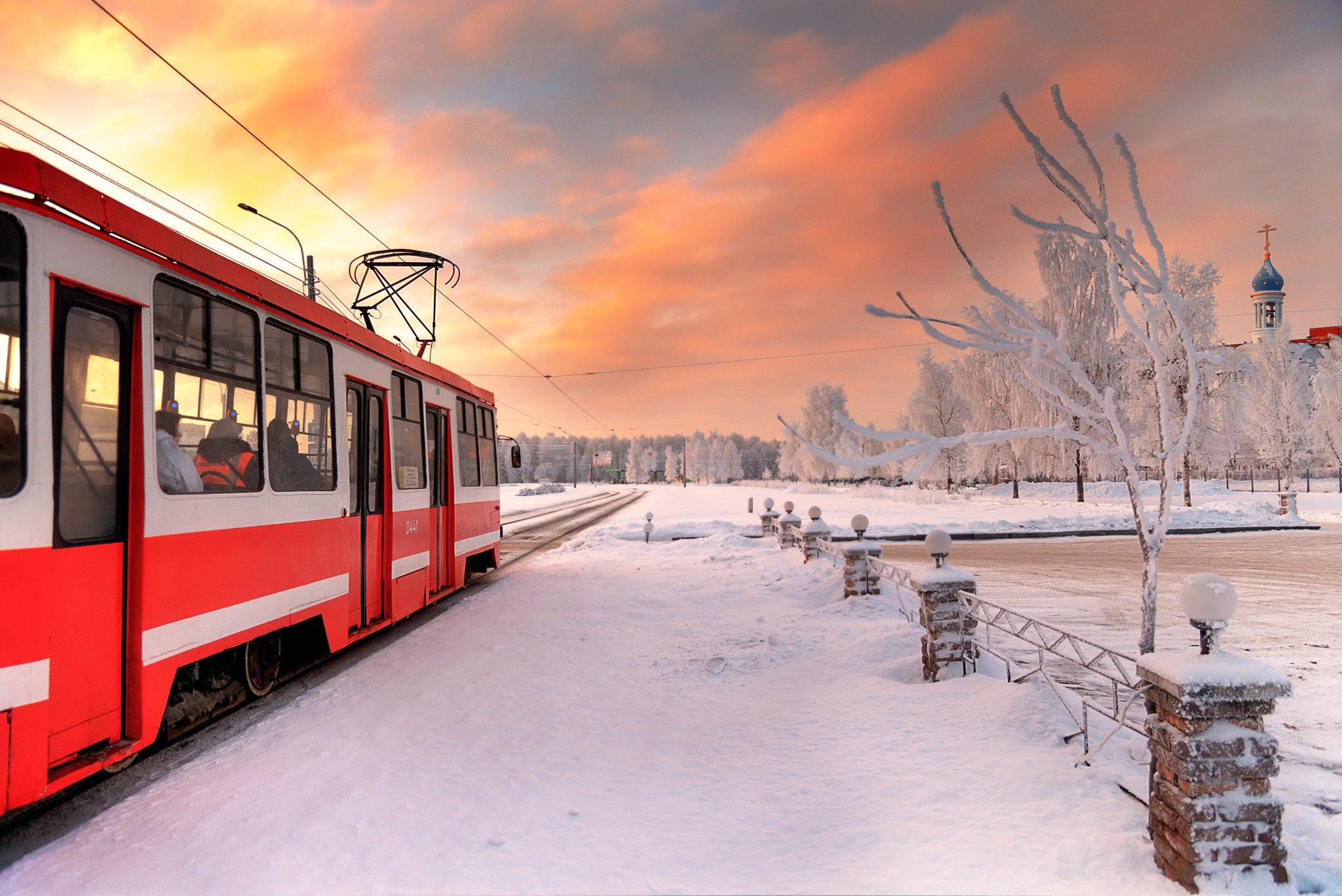 В Петербурге появились новые билеты на проезд в транспорте/  Как сообщили в петербургском комитете по транспорту, пассажирам в Северной столице теперь доступны новые виды проездных билетов.