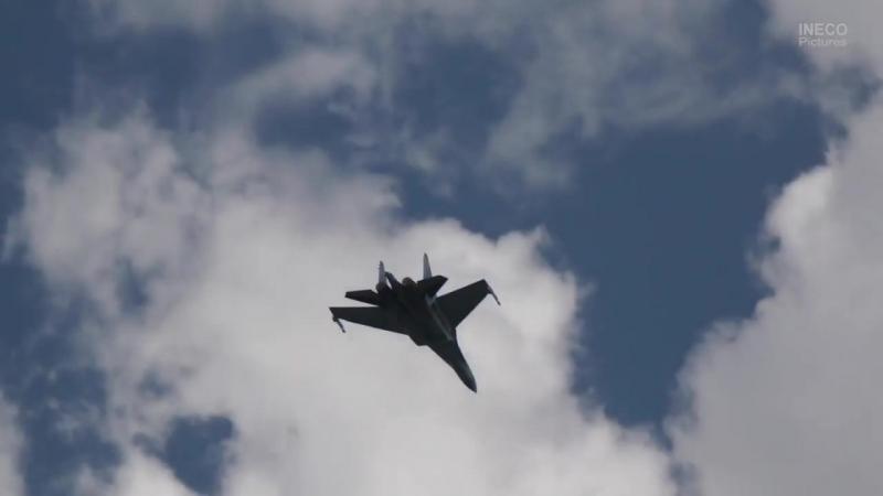 МАКС 2017 Тренировочные полёты СУ-35С, Танцы в небе