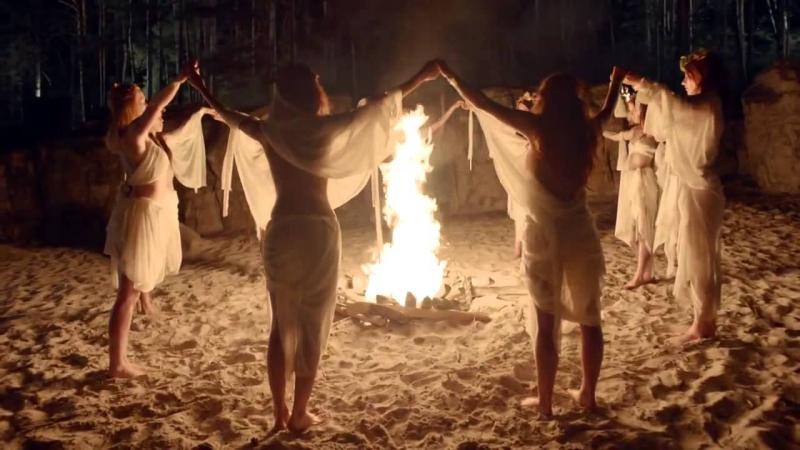 Шабаш ведьм видео голые современного