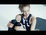 Gigi Hadid Does Sit Ups Through Interview with Trainer
