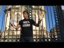 Léo Lins fritando o prefeito em praça pública