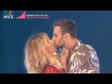 Светлана Лобода и Макс Барских поцеловались в засос на выступлении 09 06 2017