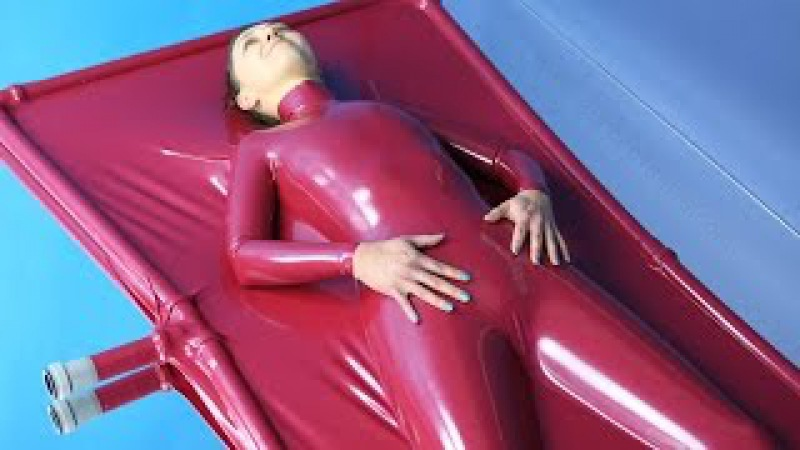 Airtight latex vacbed with sleeves - solo play possible - by Eurocatsuits.com