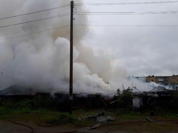 В Зверосовхозе случился крупный пожар