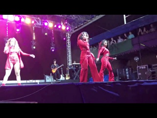 Fifth Harmony - Work from Home (Live at the Family Grass 2017)
