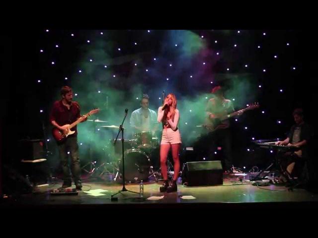 Olivia Viggiano - Alguien (En vivo)