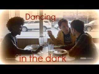 Dirk Gently | Dancing in the dark