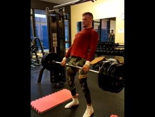 Становая тяга от экс-чемпиона М-1 Штефана Пютца