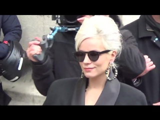 Lily Allen @ Paris Fashion Week 7 march 2017 show Chanel