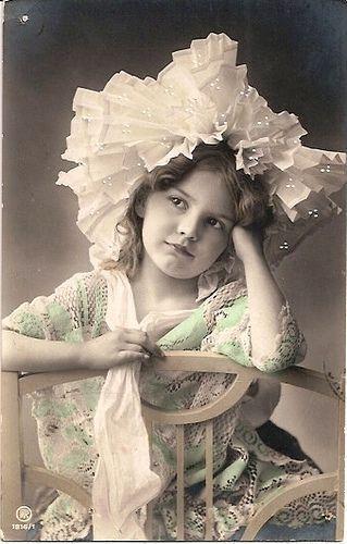 Почтовые открытки в винтажном стиле позапрошлого века