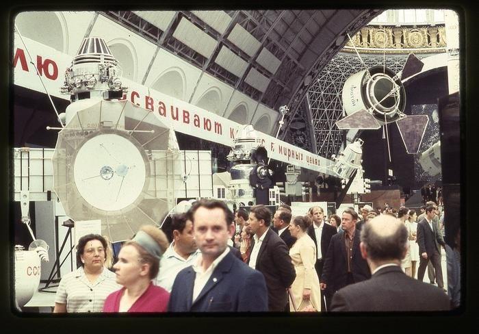 gzHZz3OT75U - СССР 60-х годов прошлого века глазами интуриста