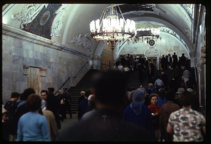 CnbVuF3r6c4 - СССР 60-х годов прошлого века глазами интуриста