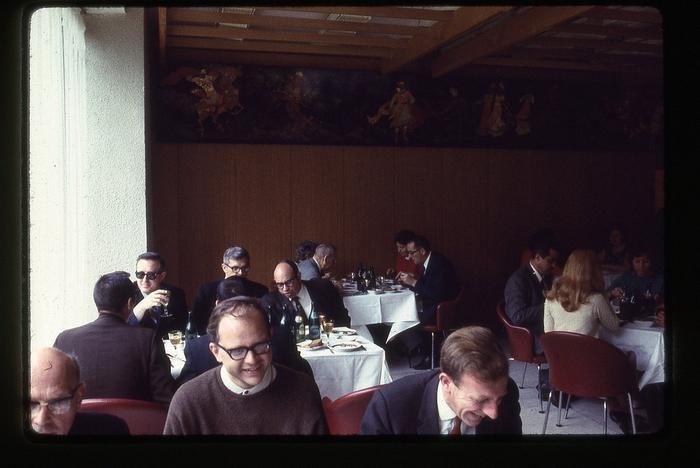 Ocm9DRpaTXg - СССР 60-х годов прошлого века глазами интуриста