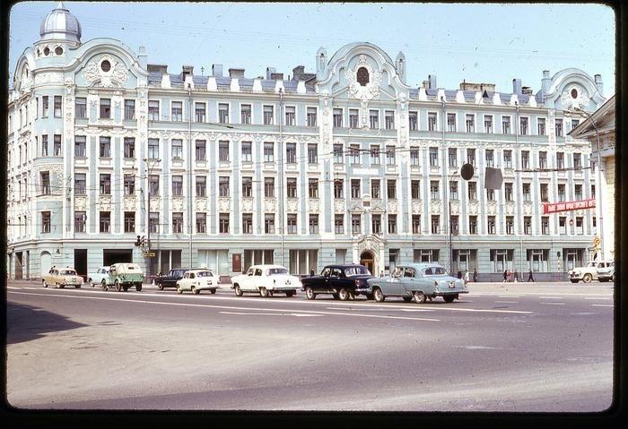 Qn5N3dN7FyY - СССР 60-х годов прошлого века глазами интуриста