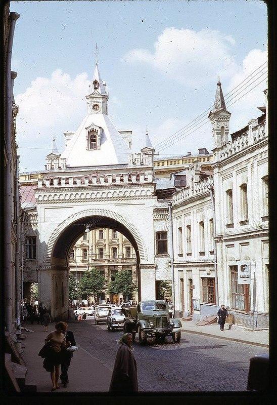 9W0DEpYOncM - СССР 60-х годов прошлого века глазами интуриста