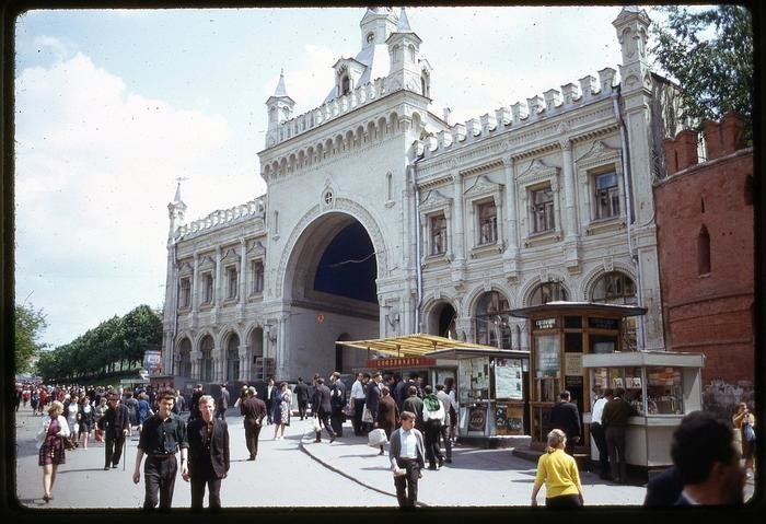 6yYPlf CMYg - СССР 60-х годов прошлого века глазами интуриста