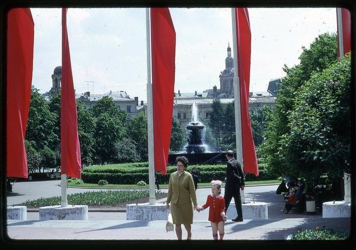 QA2rpvyYF M - СССР 60-х годов прошлого века глазами интуриста