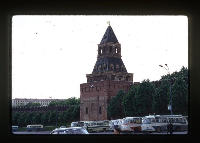 H8XACONUaIo - СССР 60-х годов прошлого века глазами интуриста