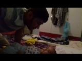 5 месяцев ему ) смех малыша приятно слышать