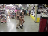 HOME TWERK WITH TWO SEXY GIRLS
