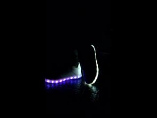 Кроссовки со светящейся подошвой Модные Дети Березово