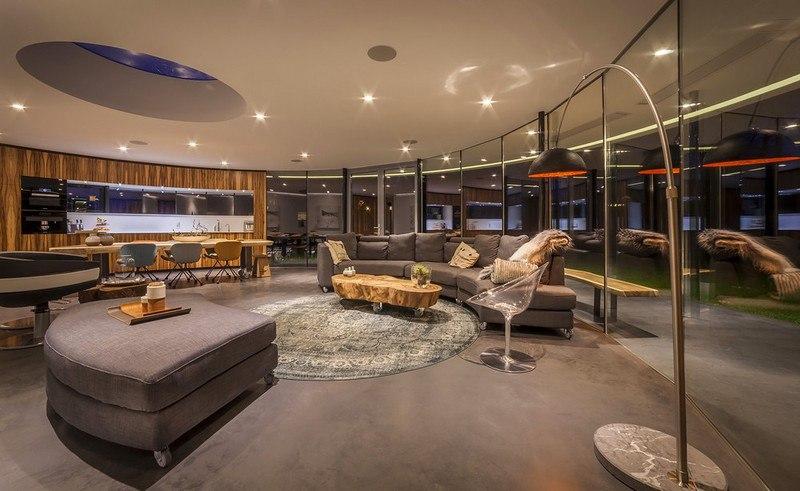 Дом для собачников с концепцией периметра - Обзор 360