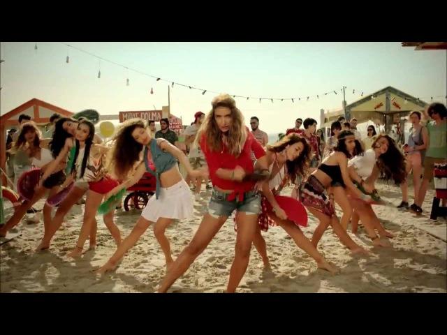 Sıla - Özcan Deniz | Aç Bir Coca Cola Reklamı