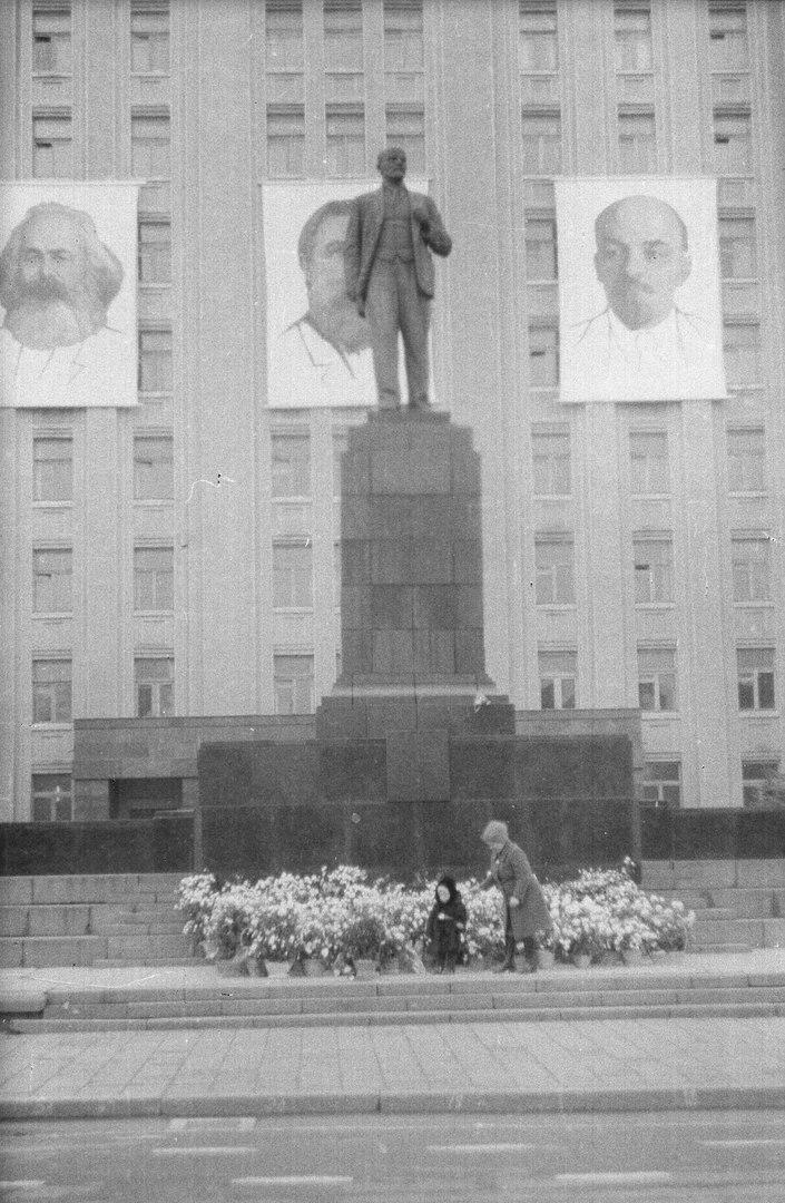 Площадь Ленина 1980-е