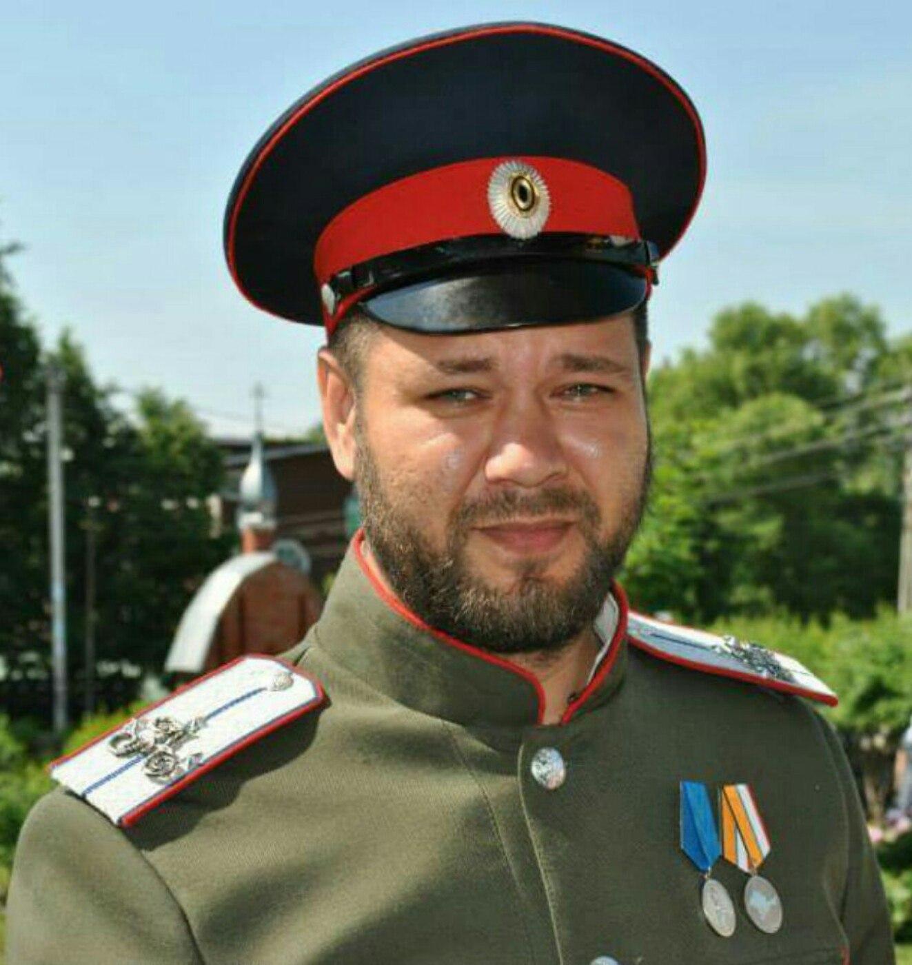 Собянинские казаки. Полковник ФСБ, торгующий косметикой, и другие ряженые провокаторы