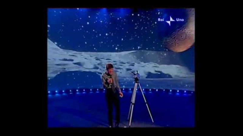 Gianni Morandi - Guarda che luna Luna (GRAZIE A TUTTI show - 15/11/2009)